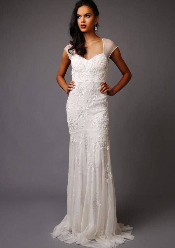 Virgos Lounge - Charlotte Wedding Dress - Robe de mariée pas cher - The Wedding Explorer