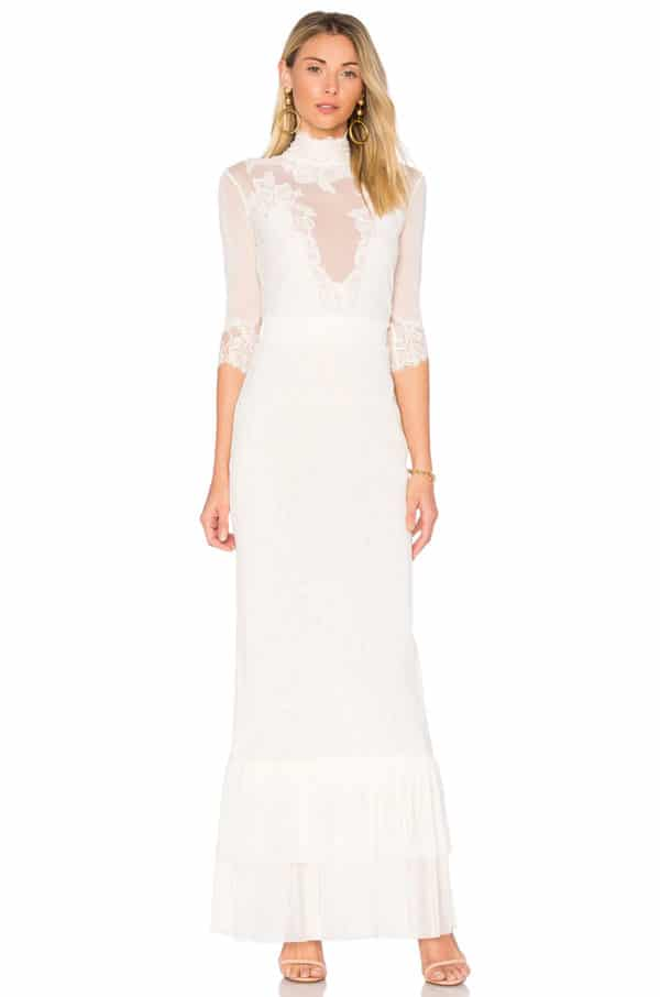 Revolve - Robe de mariée TAKE A BOW - Robe de mariée pas cher - The Wedding Explorer
