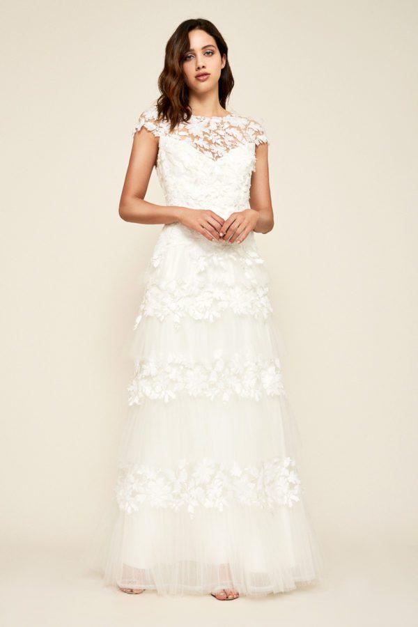 Tadashi Shoji - Paxton Appliqué Gown - Robe de mariée pas cher - The Wedding Explorer