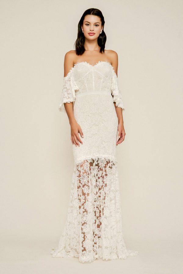 Tadashi Shoji - Madryn Embroidered Off-The-Shoulder Gown - Robe de mariée pas cher - The Wedding Explorer