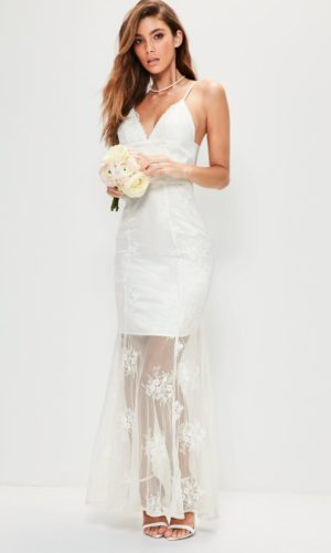 MISSGUIDED - Robe de mariée en dentelle blanche bretelles fines - Robe de mariée pas cher - The Wedding Explorer
