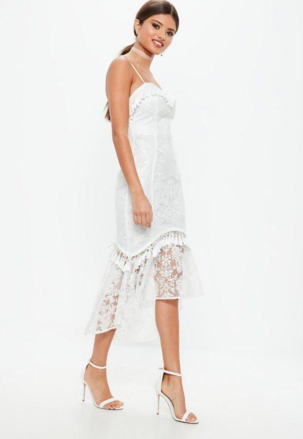 MISSGUIDED - Robe de mariée mi-longue blanche en dentelle - Robe de mariée pas cher - The Wedding Explorer