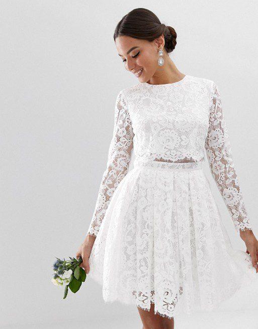 ASOS EDITION - Robe courte de mariage avec crop top en dentelle - Robe de mariée pas cher - The Wedding Explorer