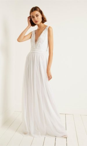 French Connection - Estelle embellished V neck dress - Robe de mariée pas cher - The Wedding Explorer