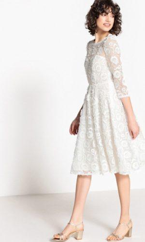 LA REDOUTE - Robe de mariée courte manches longues en dentelle - Robe de mariée pas cher - The Wedding Explorer