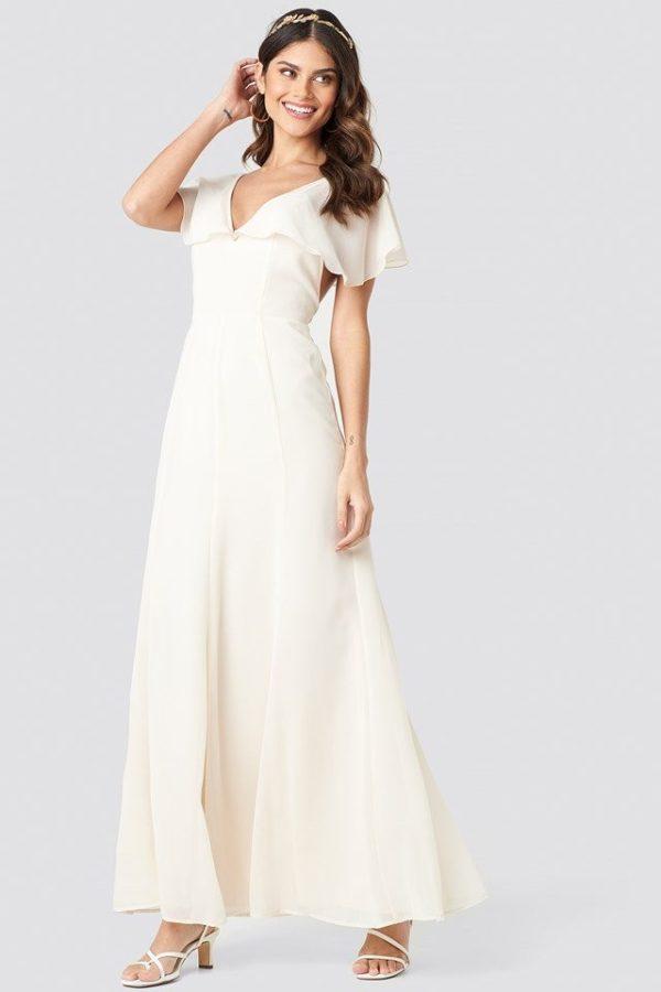NA-KD - Back Detail Maxi Dress White - Robe de mariée pas cher - The Wedding Explorer