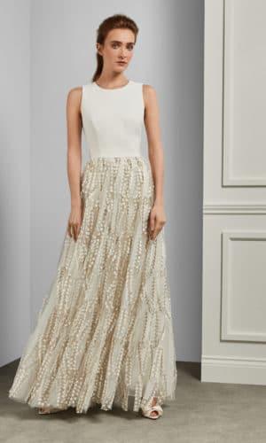 Ted Baker - SILVYA Robe longue fleurs brodées avec traîne - Robe de mariée pas cher - The Wedding Explorer