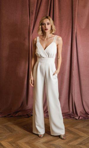 The Wedding Explorer La combinaison blanche : La pièce parfaite pour celles qui veulent se marier en pantalon Blog