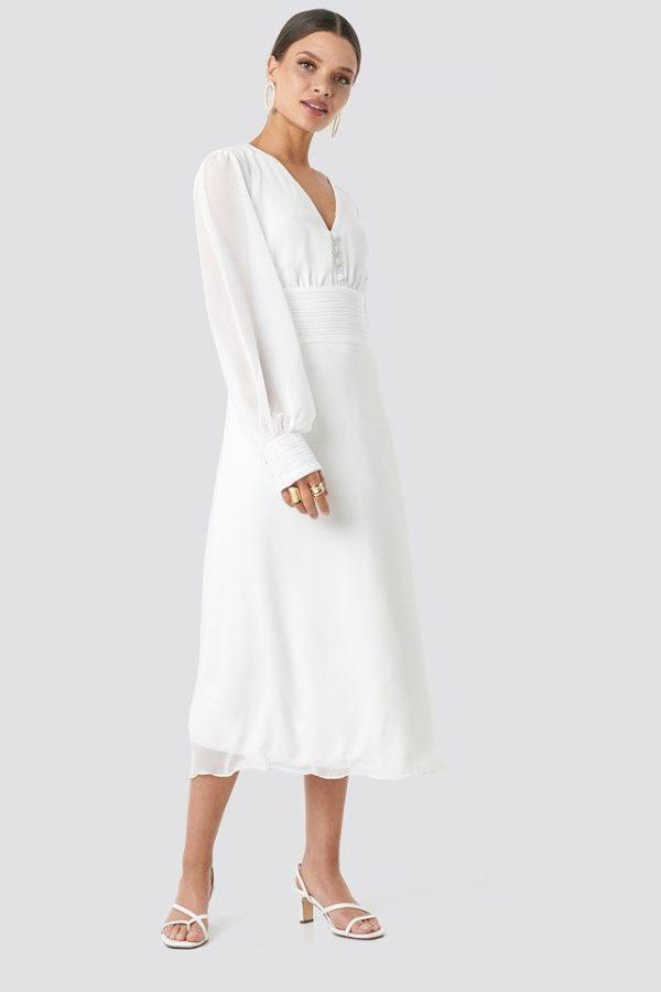 NA-KD - Button Detailed Midi Dress White by Trendyol - Robe de mariée pas cher - The Wedding Explorer