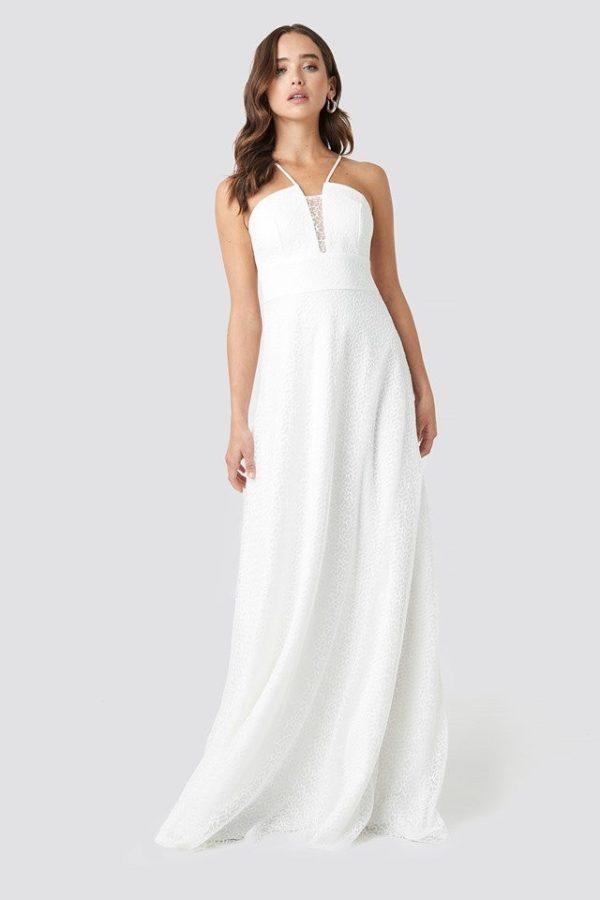 NA-KD - Lace Detailed Evening Dress White by Trendyol - Robe de mariée pas cher - The Wedding Explorer