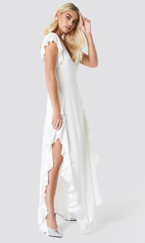 NA-KD - Sheer Wrap Maxi Dress White by Trendyol - Robe de mariée pas cher - The Wedding Explorer