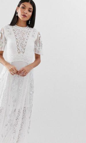 ASOS - Amelia Rose- Robe longue avec dentelle brodée sur le devant et empiècements - Robe de mariée pas cher - The Wedding Explorer