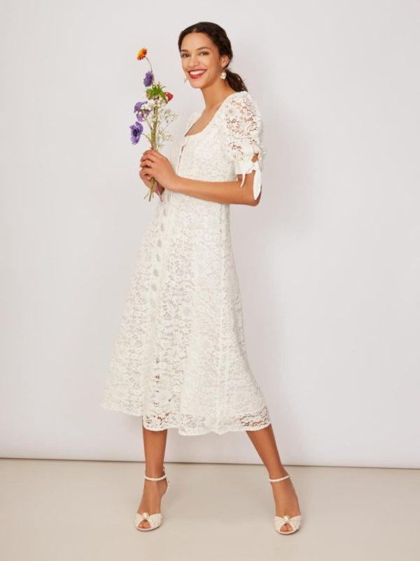 KITRI - Chagall Lace Midi Dress - Robe de mariée pas cher - The Wedding Explorer