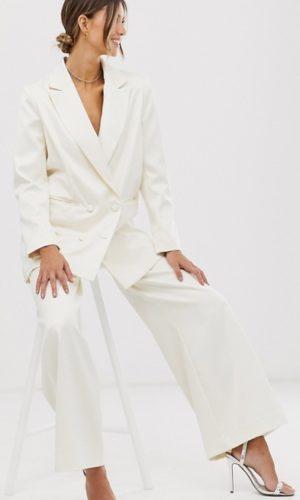 ASOS EDITION - Blazer de mariage en satin - Robe de mariée pas cher - The Wedding Explorer