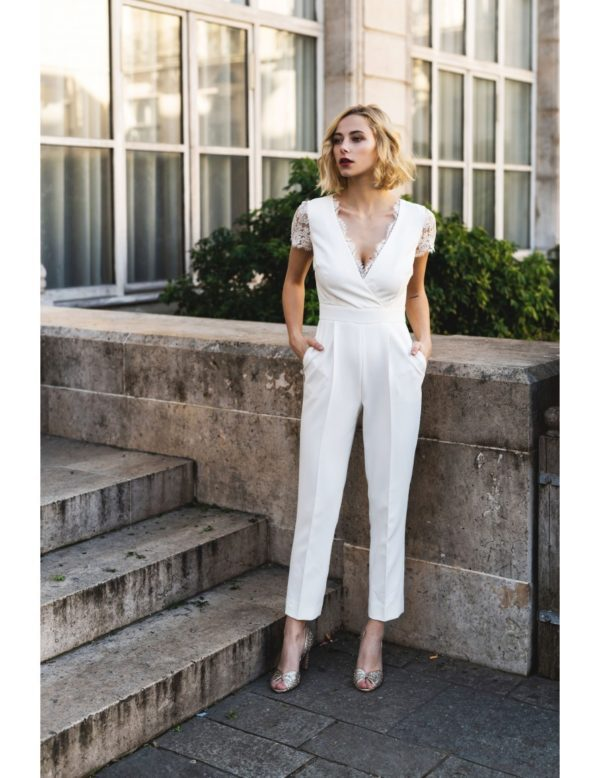 Harpe Paris - La combinaison pantalon - Robe de mariée pas cher - The Wedding Explorer