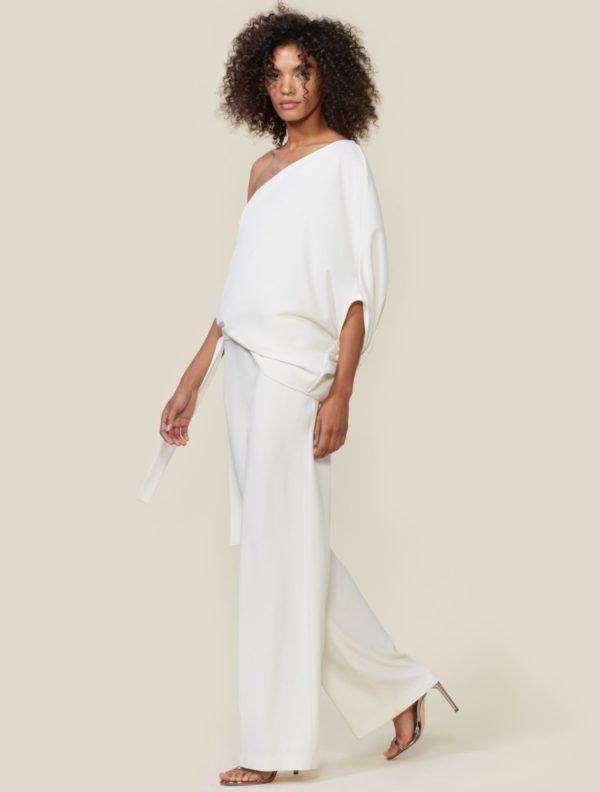 HALSTON - ONE SHOULDER JUMPSUIT - Robe de mariée pas cher - The Wedding Explorer