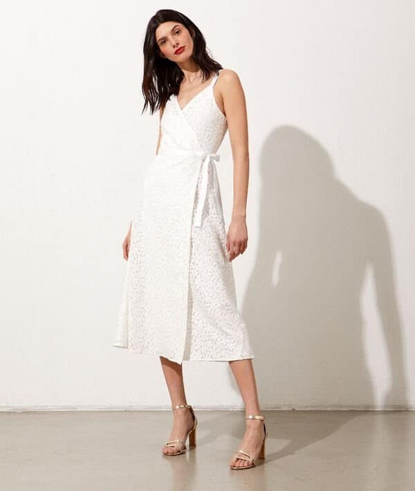 Etam - Robe portefeuille en dentelle fleurie Margaux - Robe de mariée pas cher - The Wedding Explorer