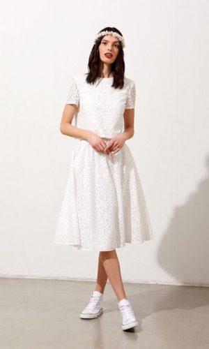 Etam - Jupe midi en dentelle fleurie - Robe de mariée pas cher - The Wedding Explorer