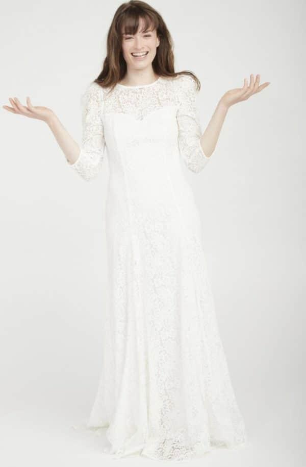 NAF NAF - Robe de mariée en dentelle dos nu blanc - Robe de mariée pas cher - The Wedding Explorer